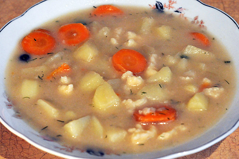 Zupa zacierkowa