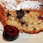 Ciasto z czekoladą i czereśniami