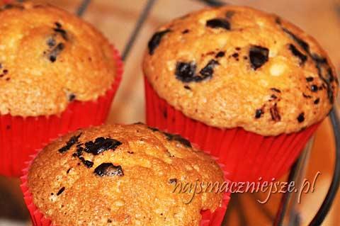Piaskowe muffiny z czekoladą