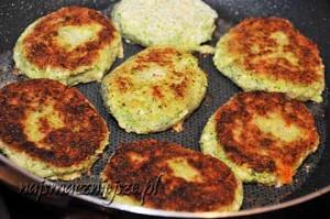 Smażone kotlety ziemniaczano-brokułowe