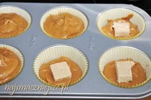 Muffiny z chałwą