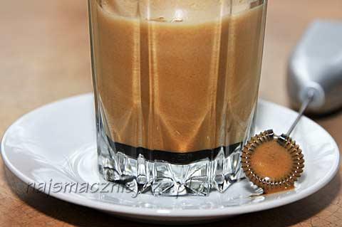 Kawa z likierem Bailey`s
