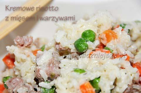 Kremowe risotto z mięsem i warzywami