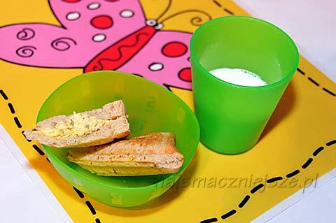 Tost na śniadanie maluszka