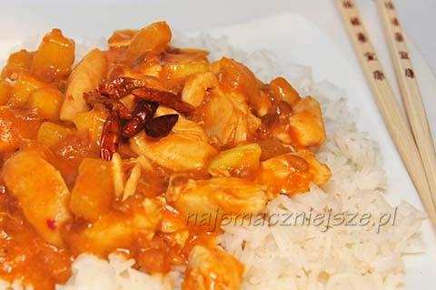 Kurczak z sosem z Orzeszków Ziemnych Satay