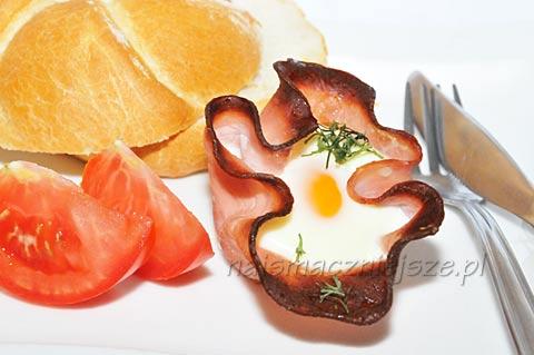 Jajka pieczone w szynce