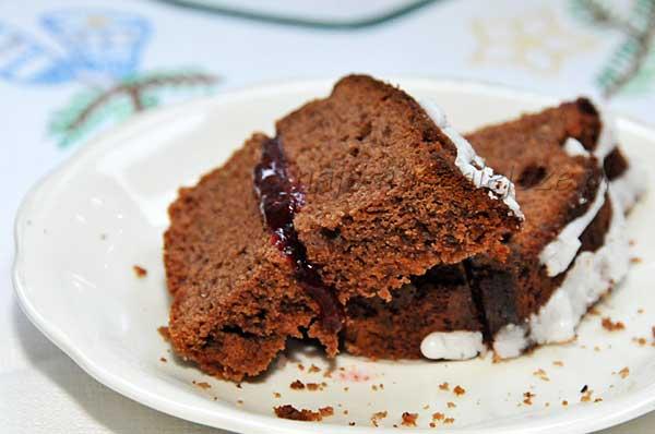 Piernik z czekoladą i konfiturą