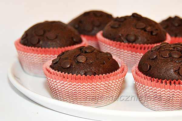 Muffiny z gorzką czekoladą