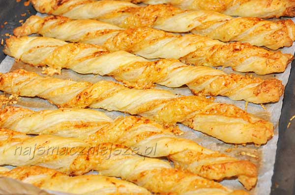 Paluszki z serem i papryką