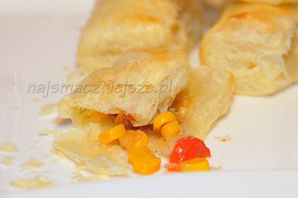 Empanadas z ciasta francuskiego