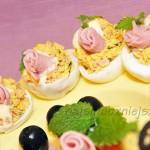 Jajka faszerowane szynką