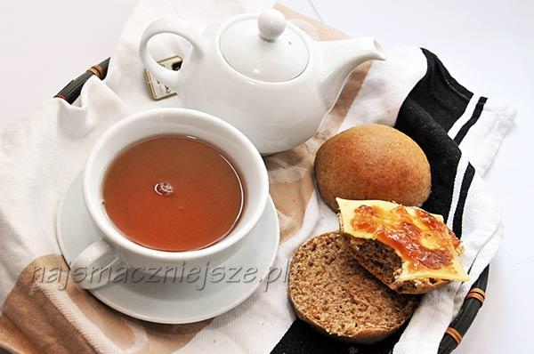 śniadanie z herbatą
