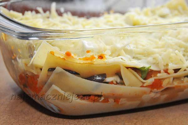 Lasagne z gotowanymi płatami