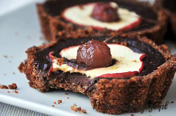 Ciastko z czekoladą i jabłkiem
