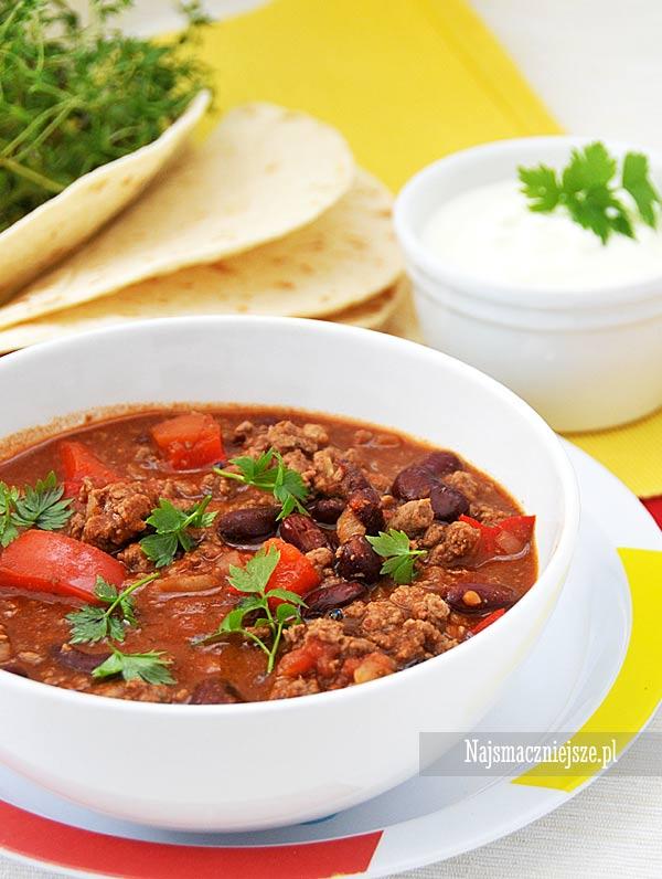 Chili con carne z papryką
