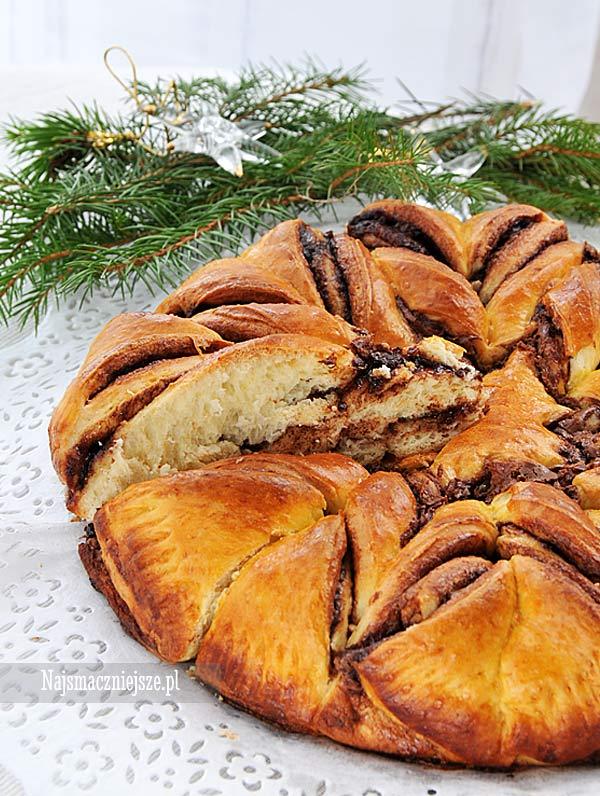 Ciasto drożdżowe z Nutellą