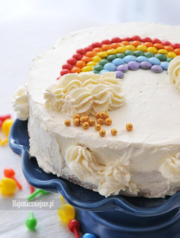 Tort z tęczą