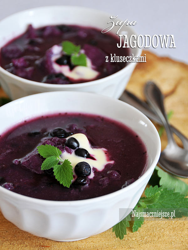 Zupa jagodowa z kluseczkami