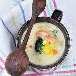 Kremowa zupa z łososiem