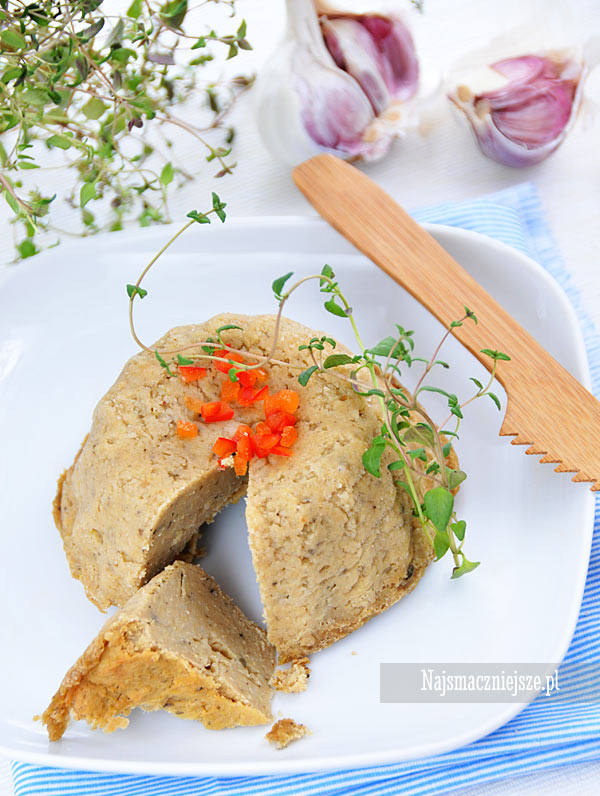 Pasztet z soczewicy i kaszy jaglanej