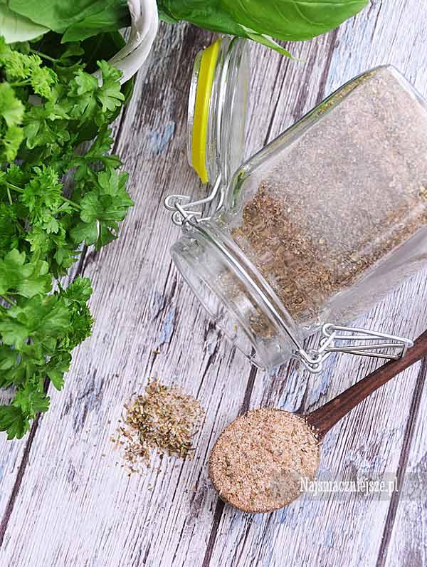 Domowa sól ziołowa