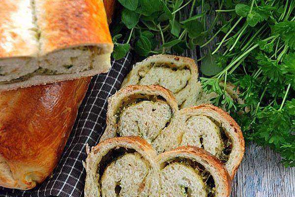 Chlebek pszenny z ziołami